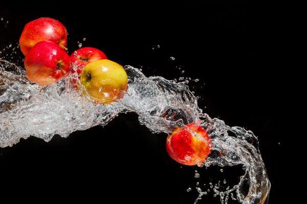 A Splash of Apples – Designer Splashback