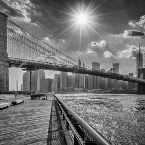 Brooklyn Bridge Black and White – Designer Splashback