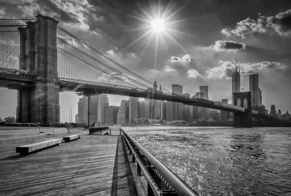 Brooklyn Bridge Black and White – Designer Splashback