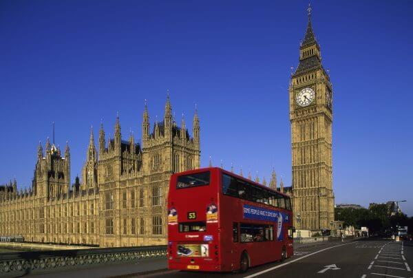 Red Bus in London – Designer Splashback